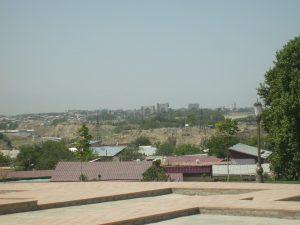 Вид на Самарканд с хлома Кухак. Вдали Мечеть Биби-Ханым
