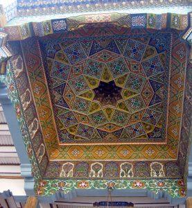 Расписной потолок 2-й мечети