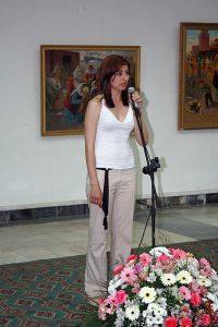 На открытии выставки дочь Рафаэля Матевосяна.