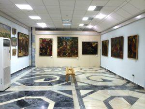 Экспозиция выставки А. Н. Волкова вмузее И. В. Савицкого в Нукусе-1
