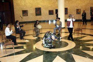 Открытие выставки. Песни и танцы.-3