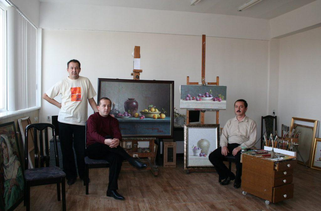 Азлярходжаев Мурод, Алимханов Бахтиер и Касимов Хусан.