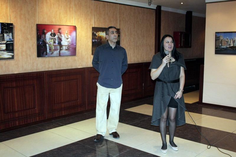 На открытии выставки. Гайрат Кузыбаев и Шахноз Каримбабаева