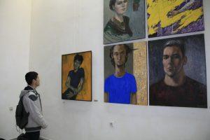 На выставке (3)