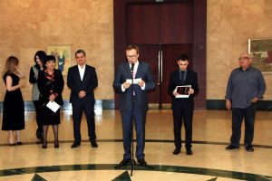 Открытие выставки открыл Посол Франции Жак-Анри Эльс