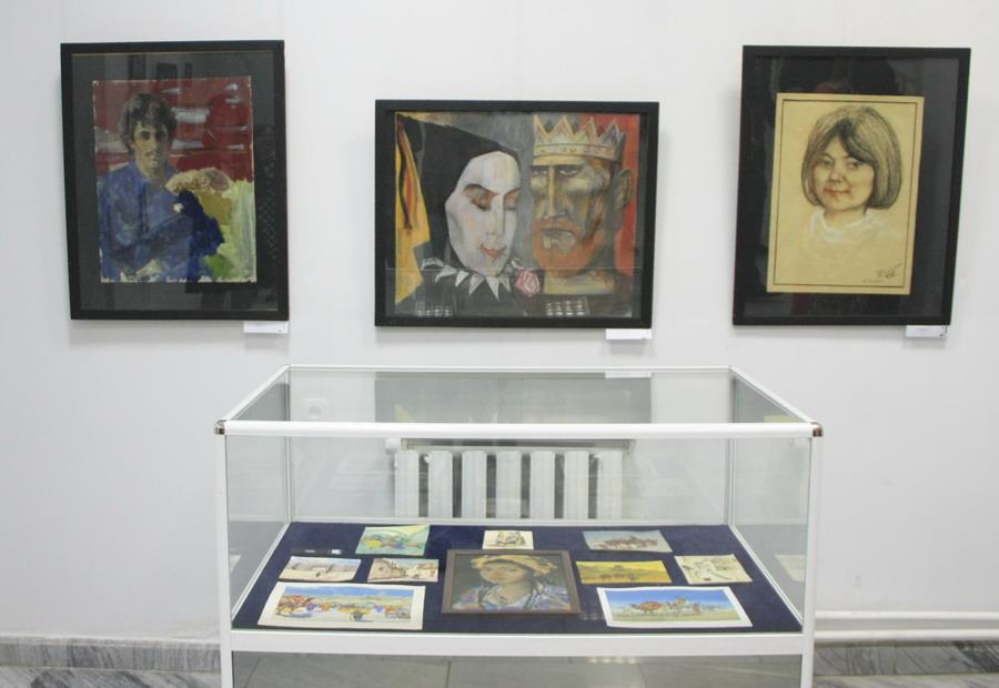 Экспозиция портретов