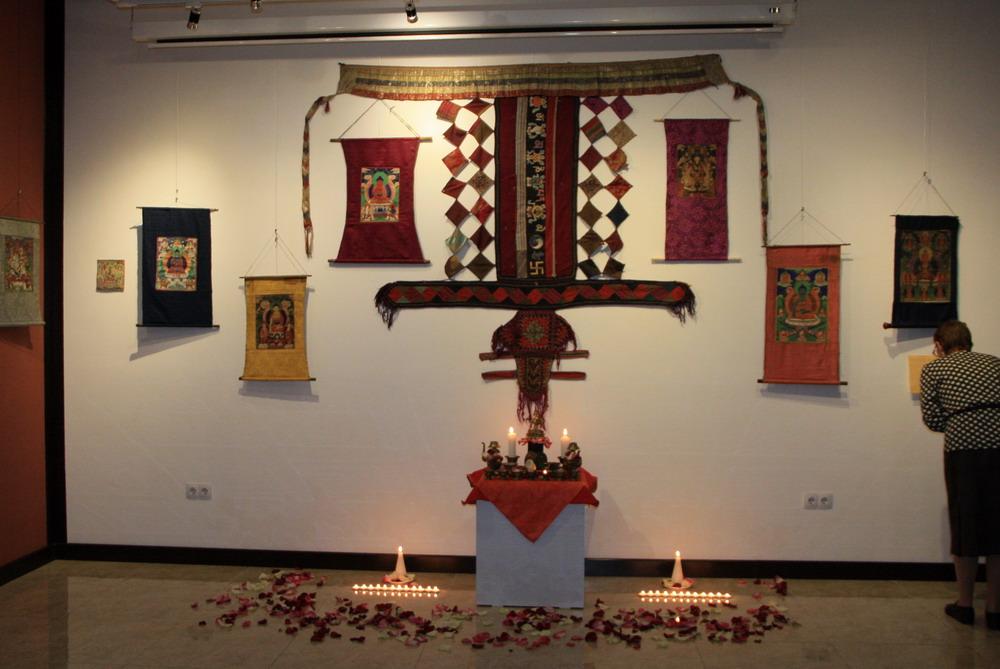 buddistskij-altar
