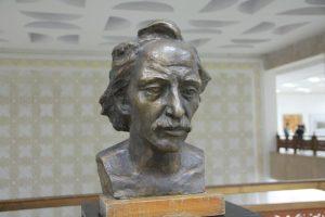 lunyov-v-portret-arheologa-1984
