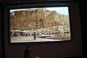 unichtozhenie-statuj-buddy-v-bamiane-afganistan-2001-g-2