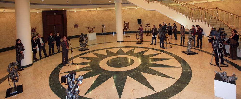 Открытие выставки памяти Баята Мухтарова 1