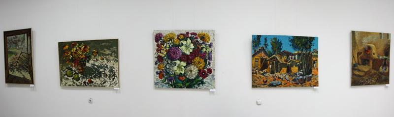 Экспозиция картин Д. Мамедовой