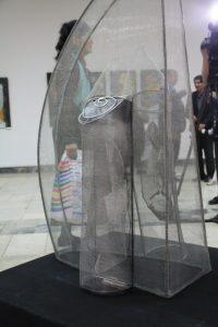 """Бородина Марина. Фрагмент. Инсталляция """"Лики безмолвия"""" материал -стальная сетка"""