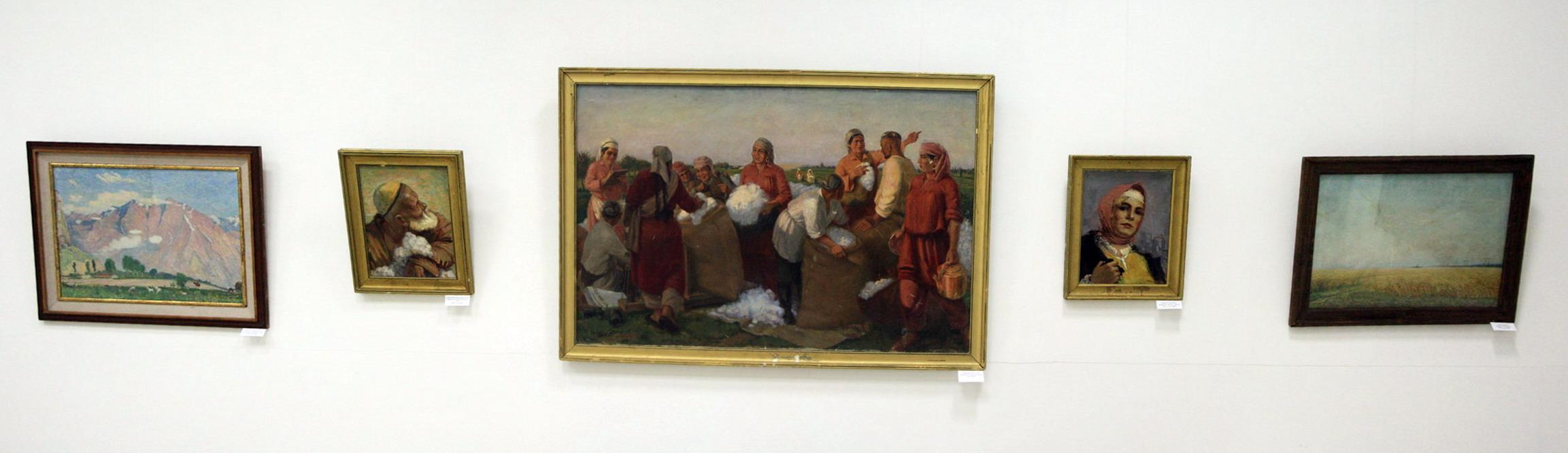 Экспозиция картин Аринина Михаила