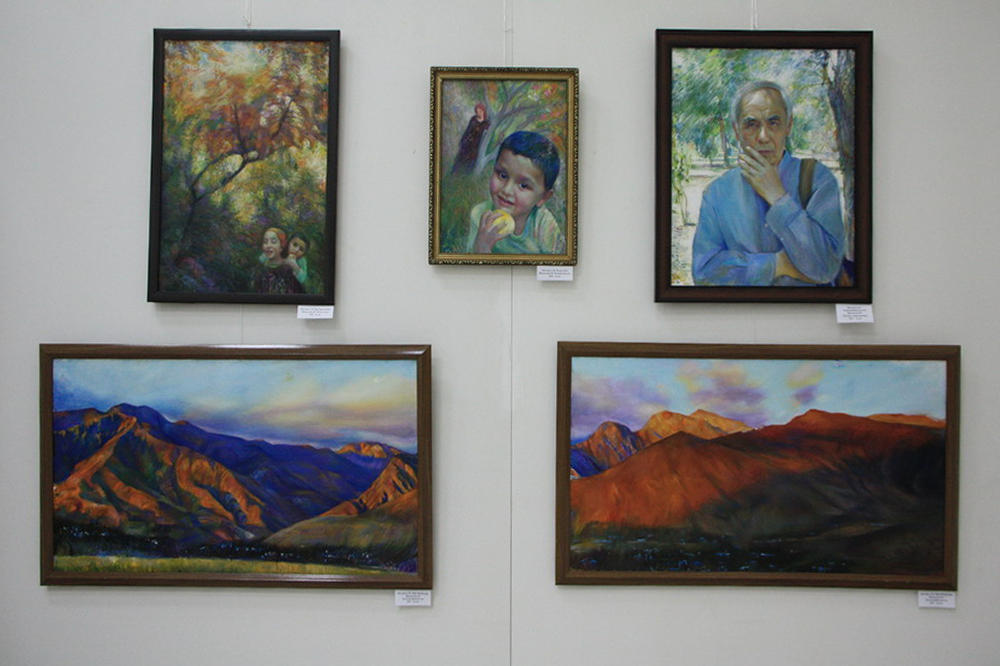 Маргарита Шувалова. Экспозиция картин.