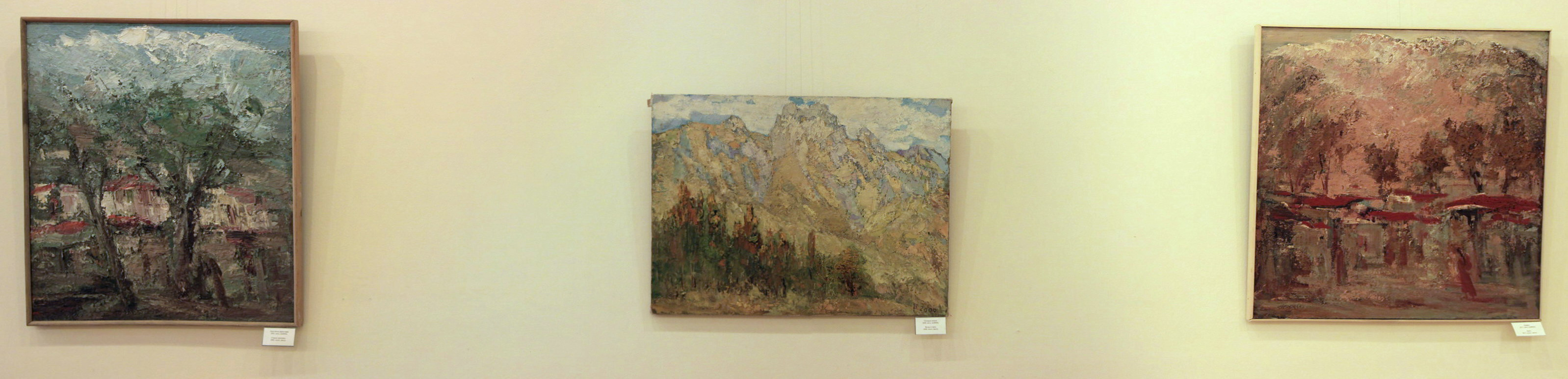 Гаглоева Римма. Экспозиция картин (3)