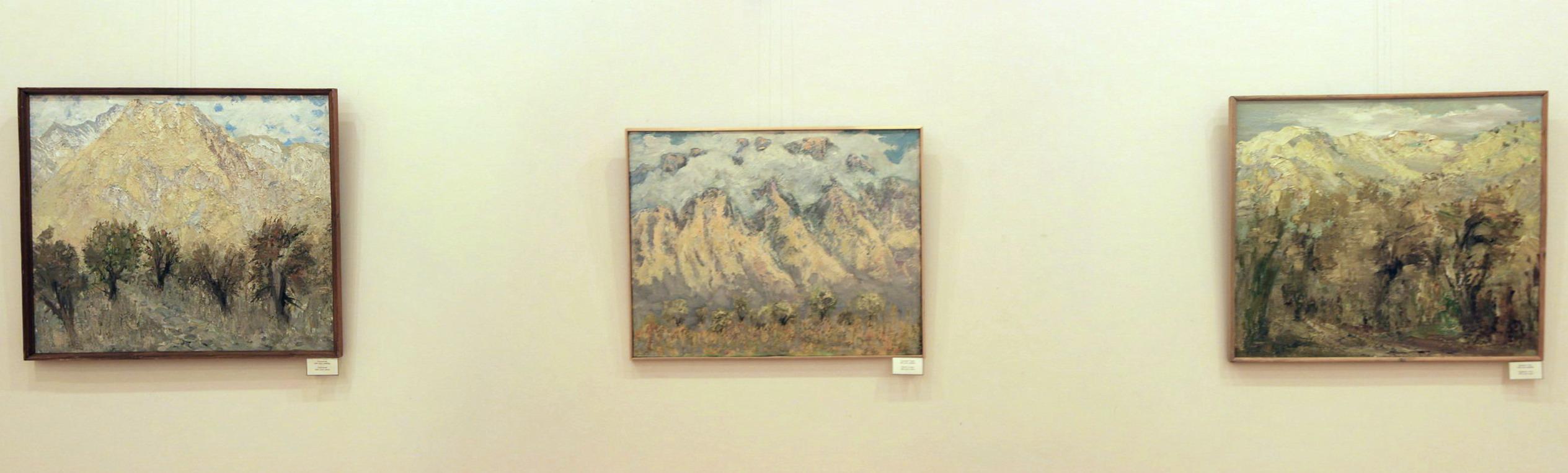 Гаглоева Римма. Экспозиция картин (6)