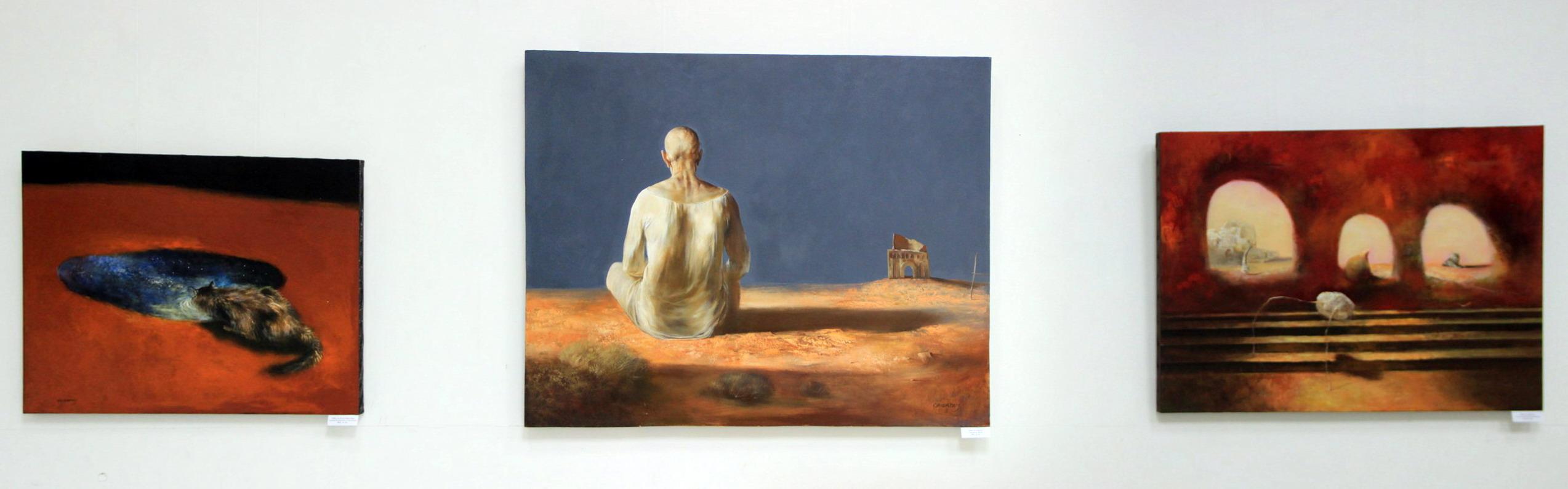 Адылов К. Экспозиция картин