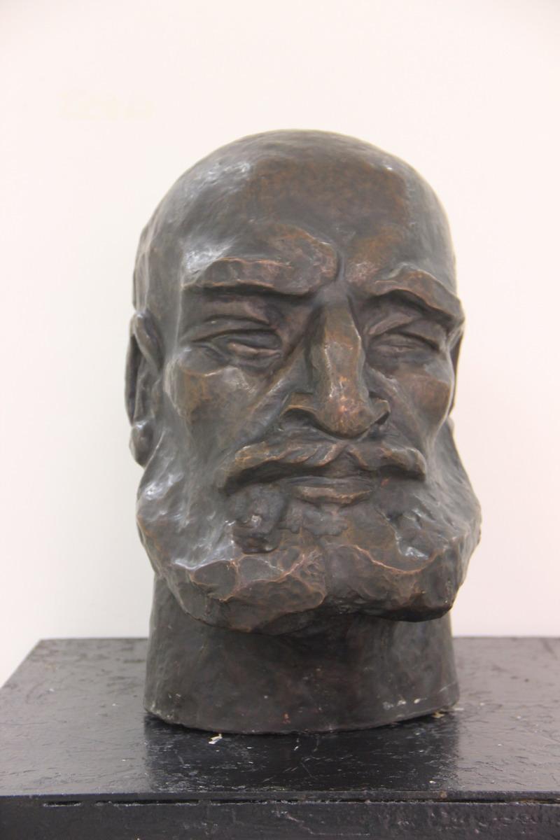 В. Дектярёв. Портрет кузнеца. 1972 (ДХВ)