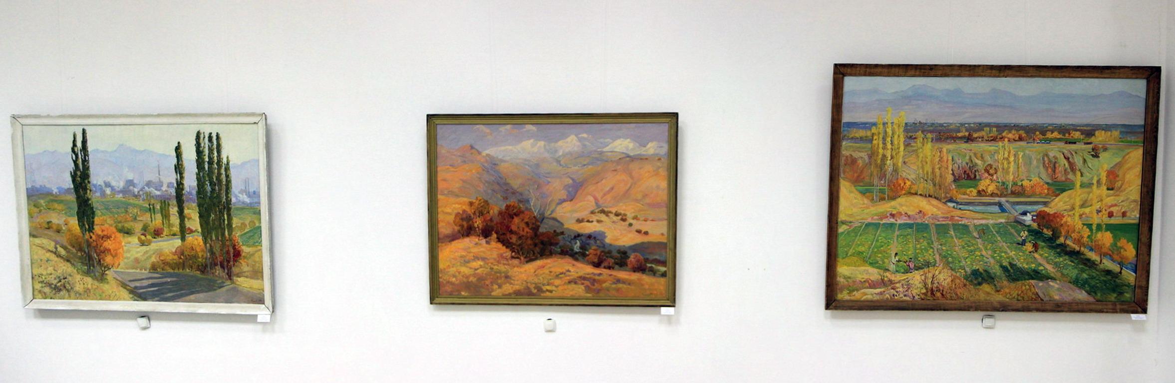 Тахиров П. Экспозиция картин. 08. 2018