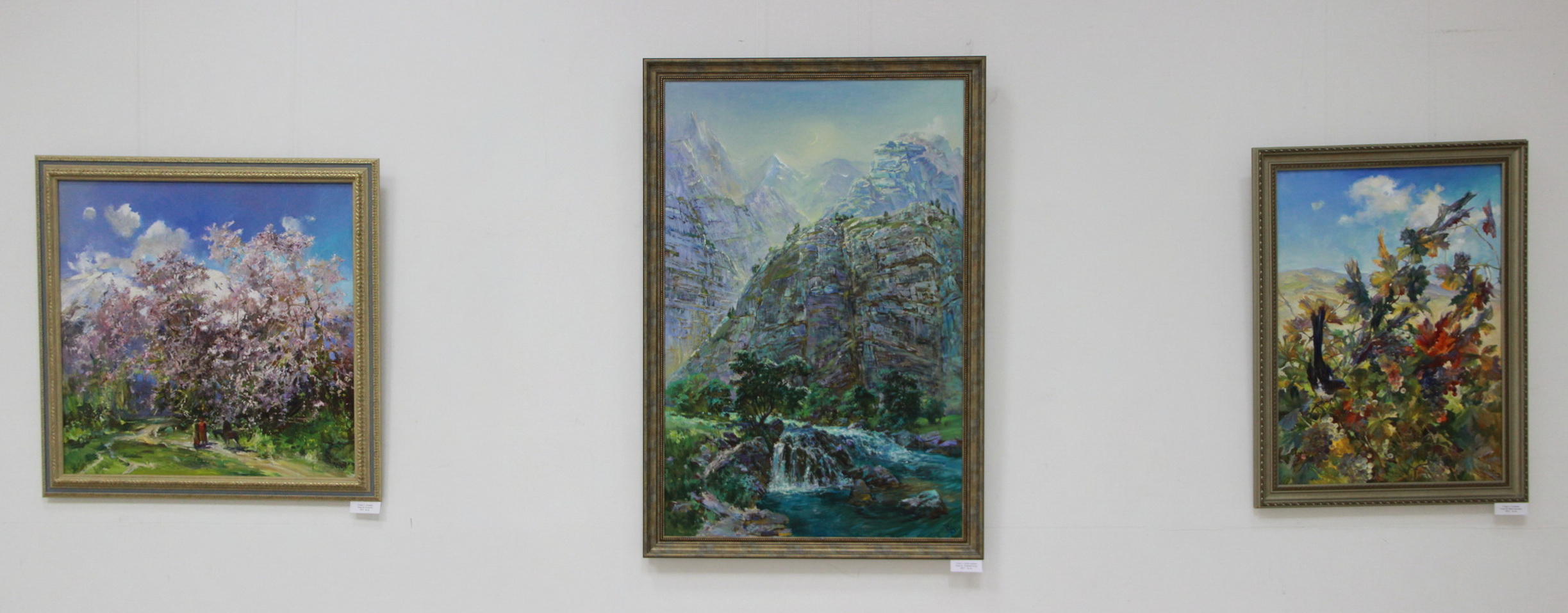 Экспозиция картин Валерия Енина