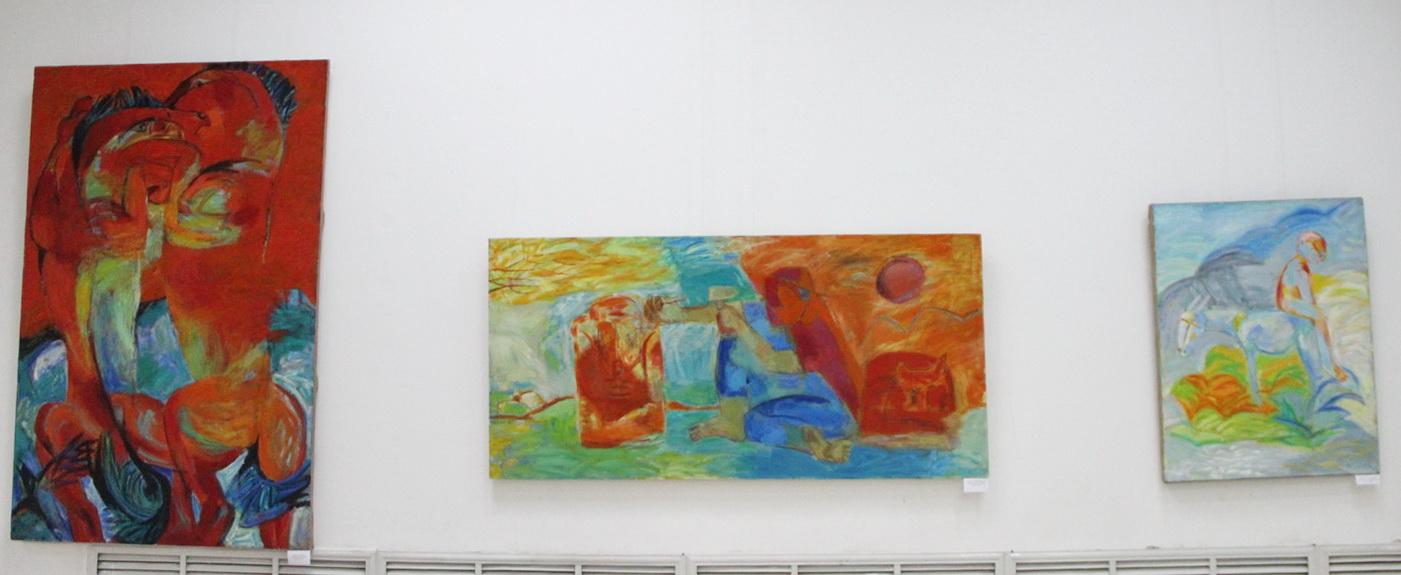 Экспозиция картин Исмоилива Н.