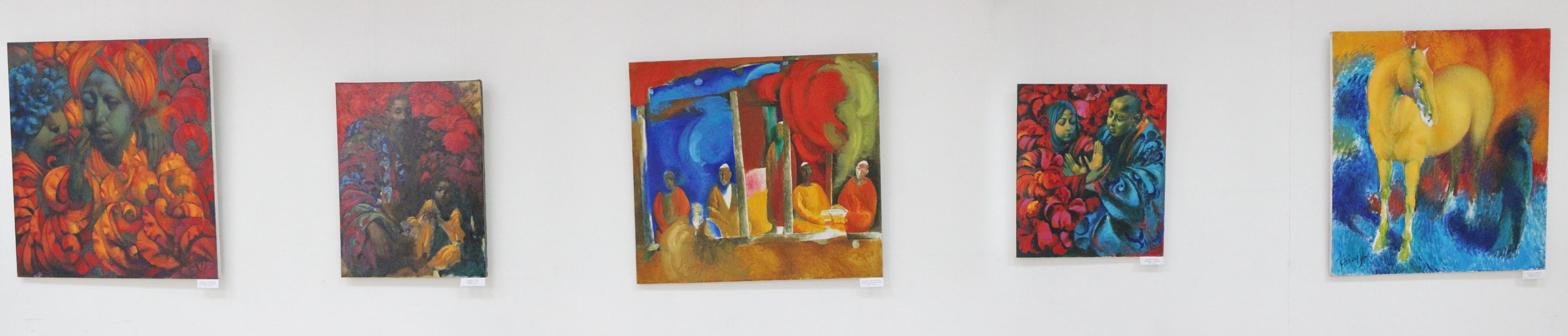 Экспозиция картин Тохира Каримова.
