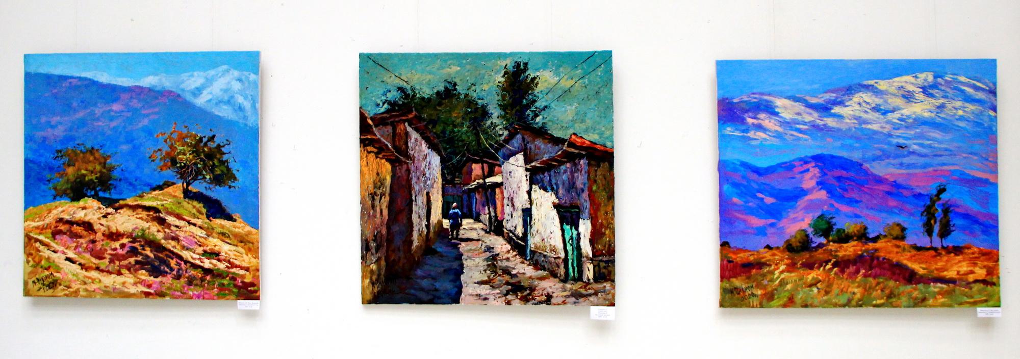 Экспозиция работ Мамедовой Дилором.