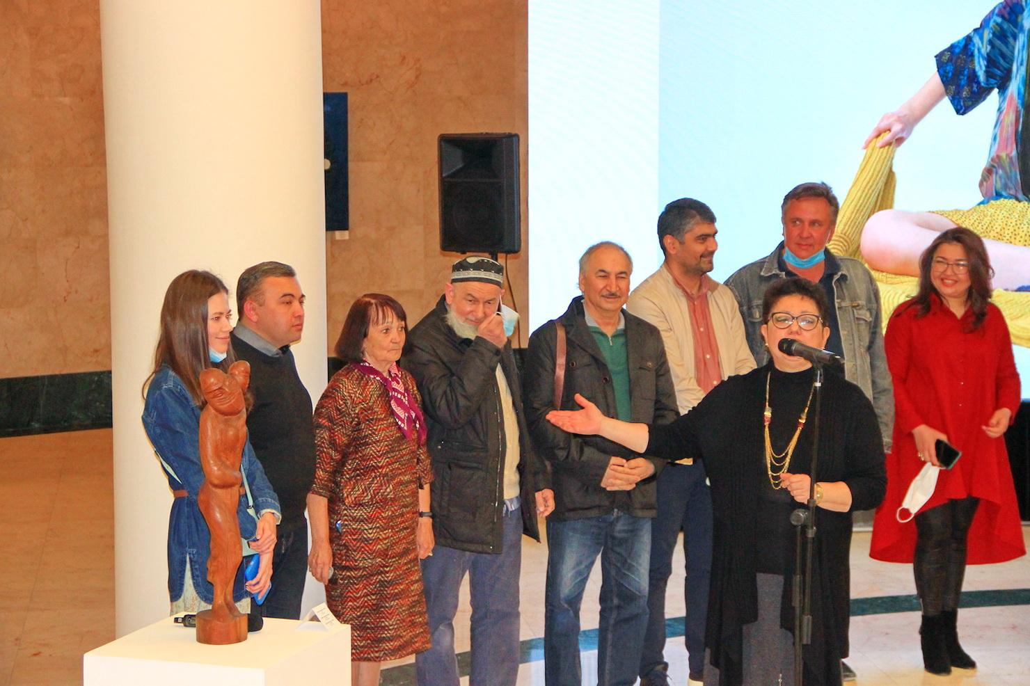 Куратор Узбекской экспозиции Барно Тургунова